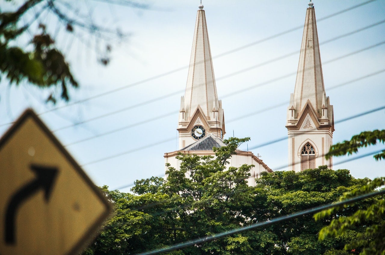 Contemporary Trends In Church Names Thomrainercom